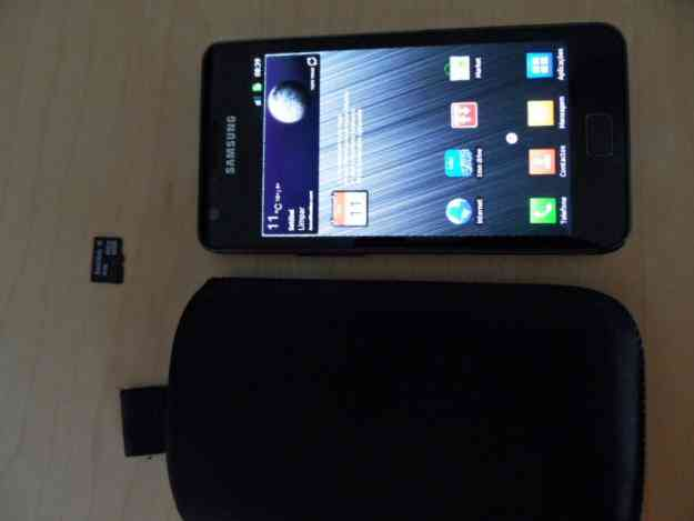 Vendo Samsung Galaxy S II + micro sd 4GB + Bolsa