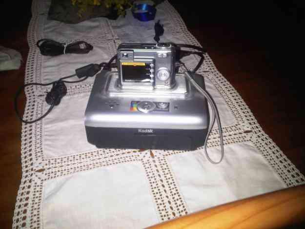 Máquina fotografica Kodac Easyshare  c340 mais Dockstation