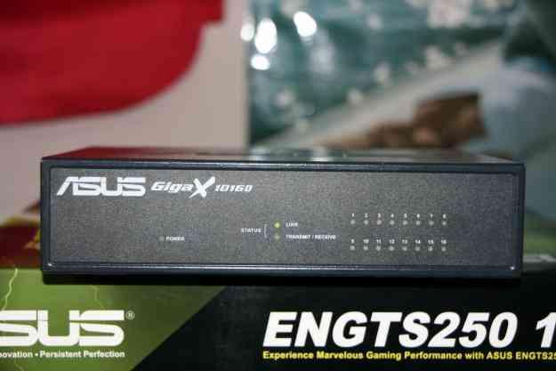 Asus Gigax1016d