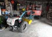 Motocultivador com fresa e reboque