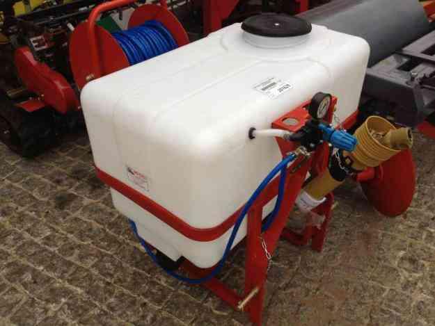 VENDO pulverizador de tractor de 200 litros completo