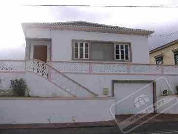 Casa T2 - Praia da Vitória - Açores - Vende-se!!