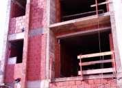 T1 em construção com quintal e com 2 roupeiros no centro da cidade
