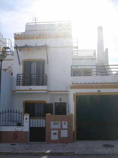 Moradia T3+ Garagem + Sótão, Monte Gordo